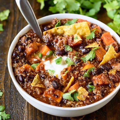Slow Cooker Turkey Quinoa Chili