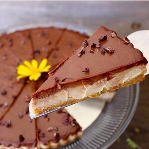 Almond Fudge Cheesecake