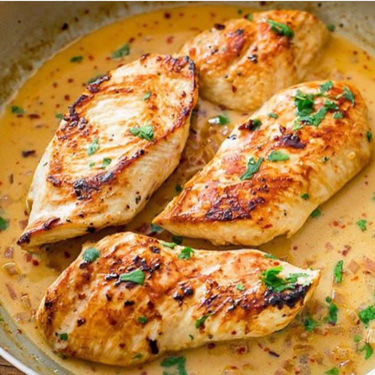Skillet Chicken with Creamy Cilantro Lime Sauce | Healthy ...