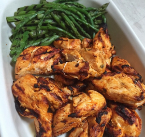 GRILLED CHICKEN & GRILLED ASPARAGUS